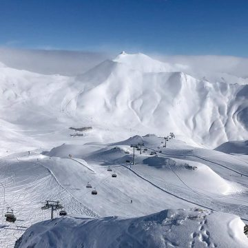 オーストリアのオーバーインタールにある3つの広大なスキーエリア