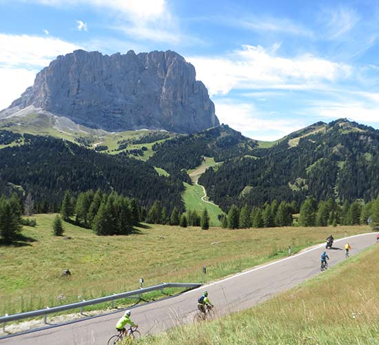 tour_cycle_dolomiti_a